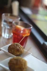 Polpette and negroni