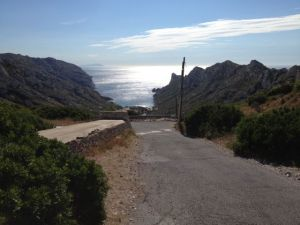 The trail to the calanque of Sormiou